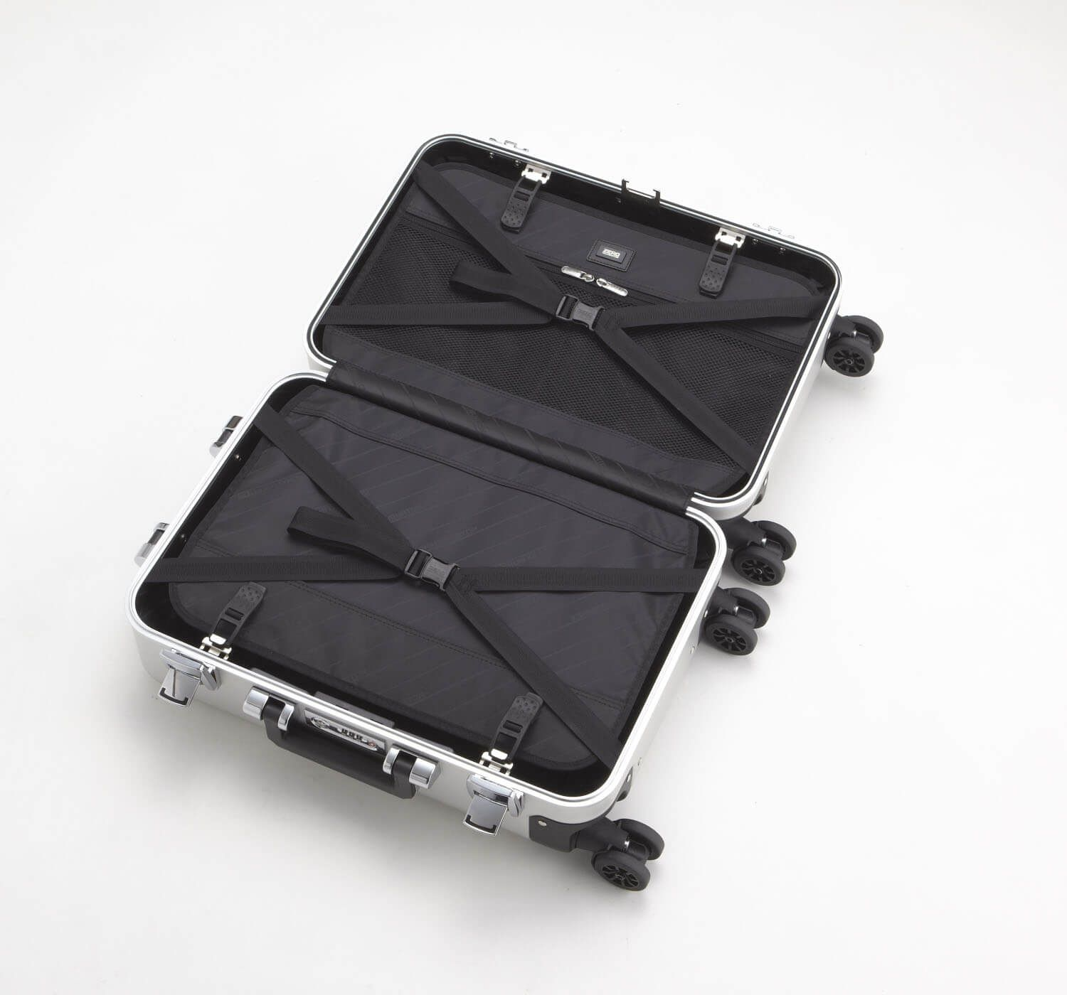 Classic Aluminum - Carry-On Spinner Luggage - фото 3